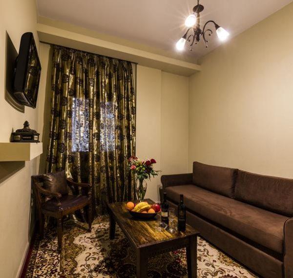 οικογενειακά δωμάτια ναύπλιο - Dafni Pension Nafplio